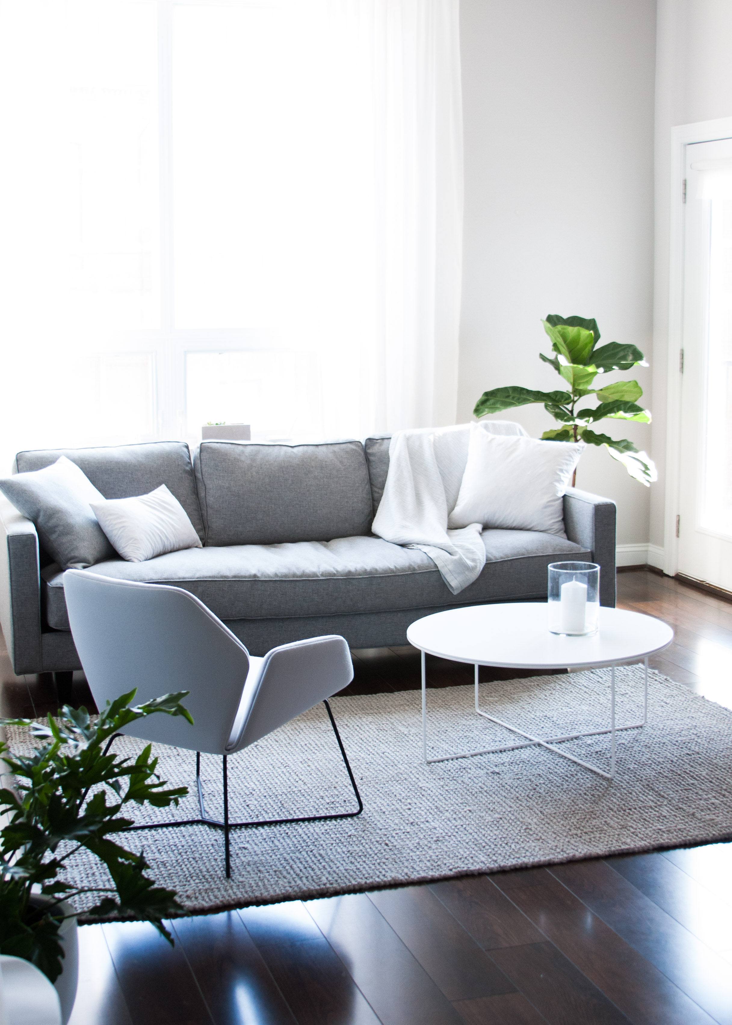 Rearrange living room minimalist scandinavian home interior rgdaily 3 rg daily for How to rearrange my living room