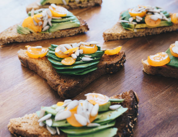 avocado-toast-fig-salad-girls-day-rgdaily-blog-3