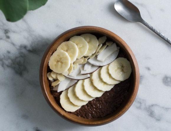 Coco Chia Pudding Recipe - Healthy Breakfast Bowl Ideas / RG Daily Blog