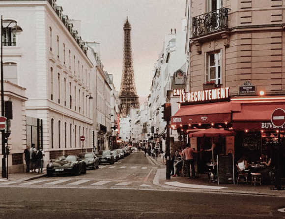 Paris France Travel Guide - Eiffel Tower Side Street, Cafe Le Recrutement / RG Daily Blog