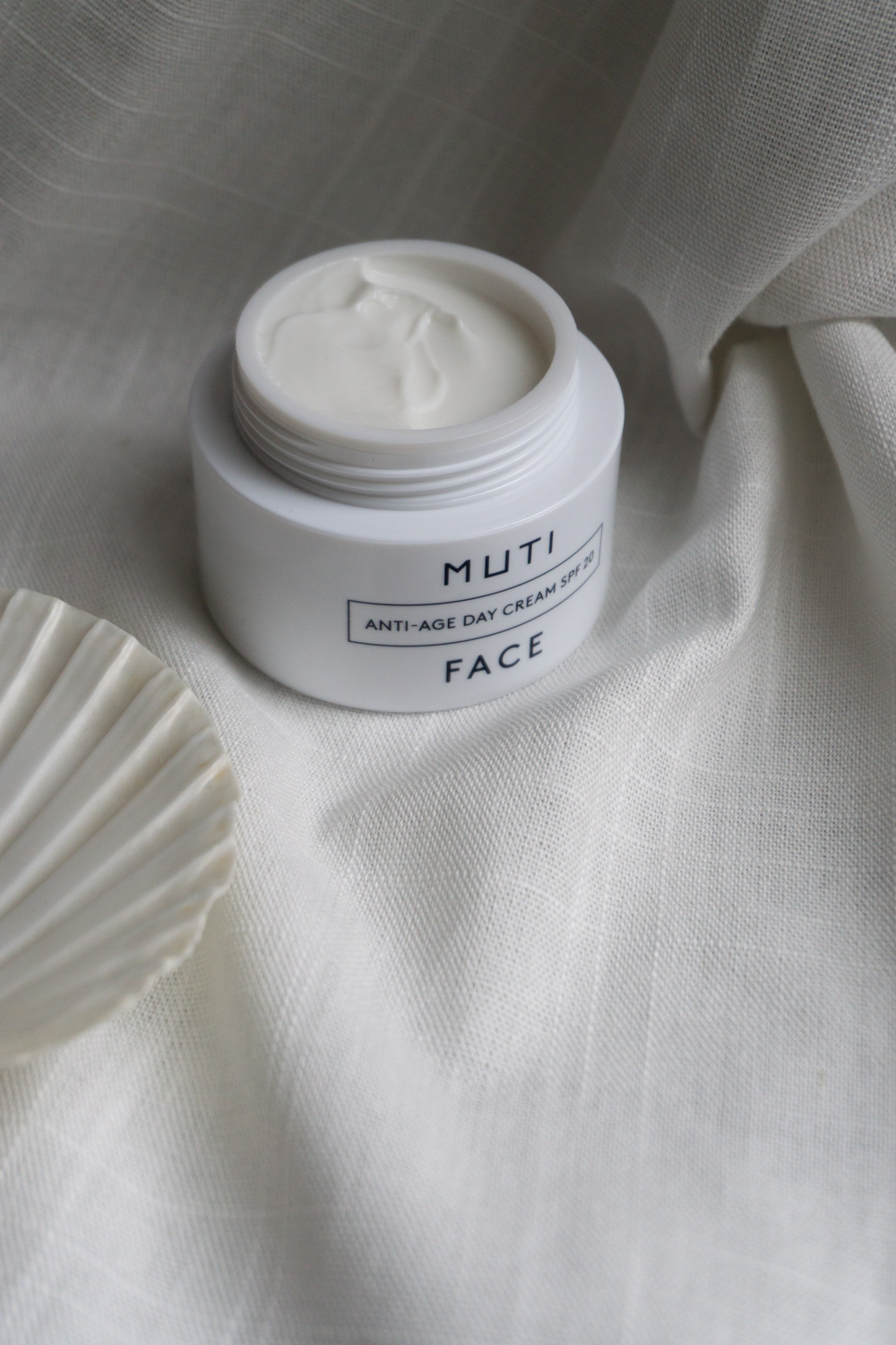 Muti Minimalist Skincare Natural Simple Skin Care Product Photography Winter Beauty Rg Daily Blog 66 Rg Daily