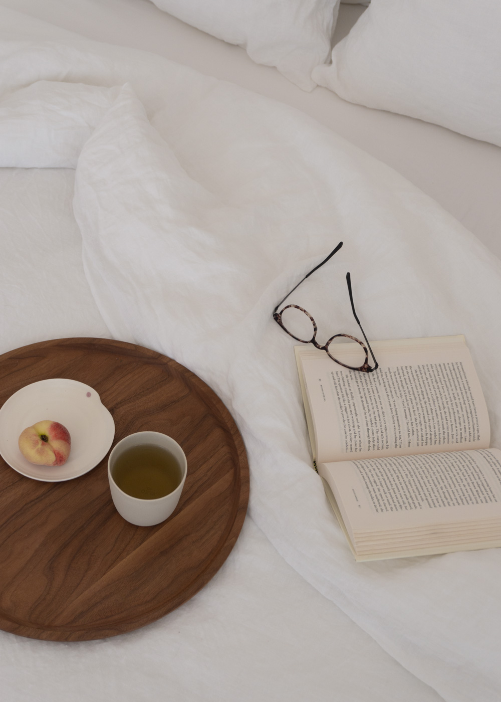 Bedfolk Linen Bedding Calming Bedroom Beige White Scandi Interior Berlin Minimalist Apartment Scandinavian Home Slow Living Neutral Aesthetic Inspo Rg Daily Blog 38 Rg Daily
