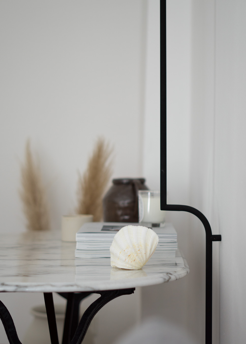 Pholc Lighting Mobil Wall Lamp Black Scandinavian Interior Design Minimal Home Neutral Aesthetic Calm Desk Small Home Office Rg Daily Blog Scandi Style 18 Rg Daily
