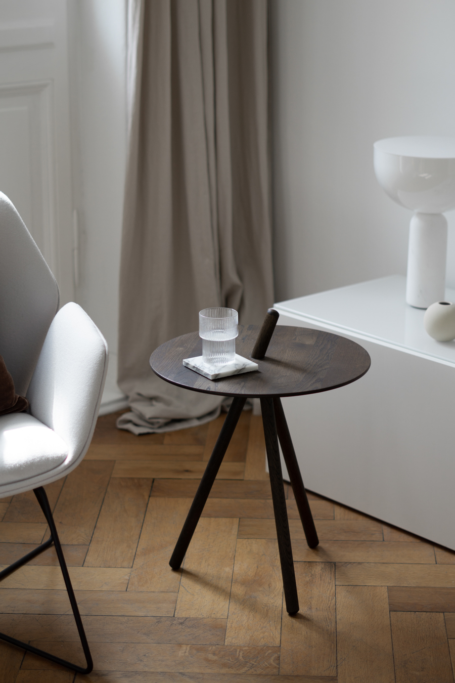 A Clever Little Side Table By Woud Rg Daily